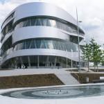 Mercedes-benz-museum-stuttgart-see-2006