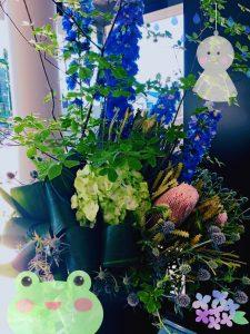 三重中央 お花の入替